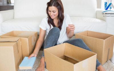 ¿Te mudas a un espacio más pequeño? Cómo reducir el exceso de objetos